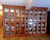 Biblioteka. Regał na książki - czereśnia barwiona.